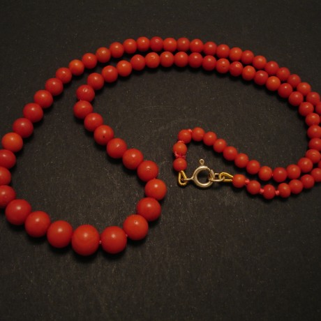 graduated-deep-orange-red-coral-strand-antique-02633.jpg