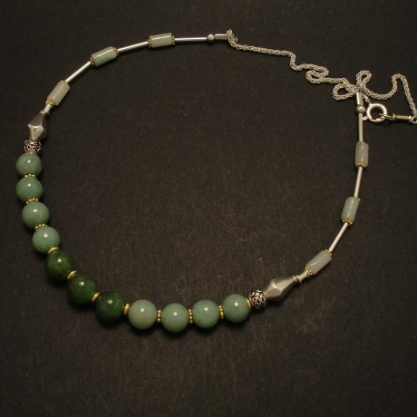 jade-green-gemstones-silver-necklace
