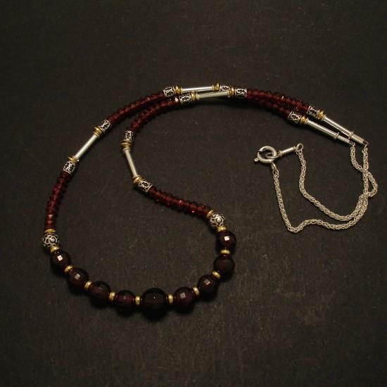 mozambique-garnet-gemstones-silver-necklace-02779.jpg