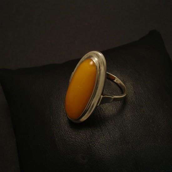 period-yellow-amber-silver-ring-02725.jpg