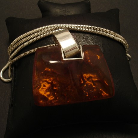 polish-handwork-1970s-amber-silver-pendant-02680.jpg