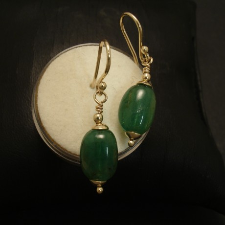 translucent-natural-emerald-pebbles-9ctgold-earrings-02646.jpg