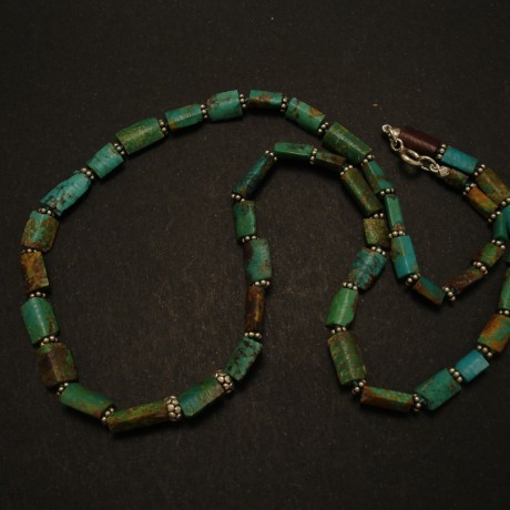 untreated-natural-turquoise-persian-bead-necklace-02617.jpg