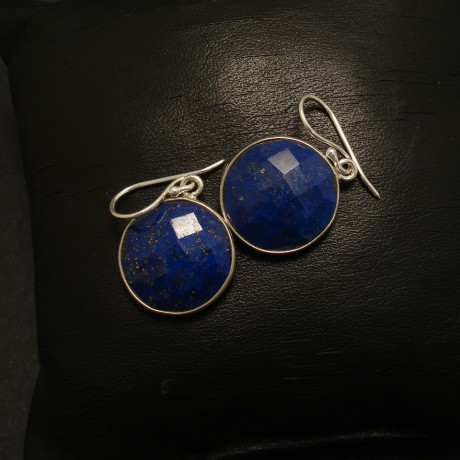 15mm-round-fac-lapis-silver-earrings-02292.jpg
