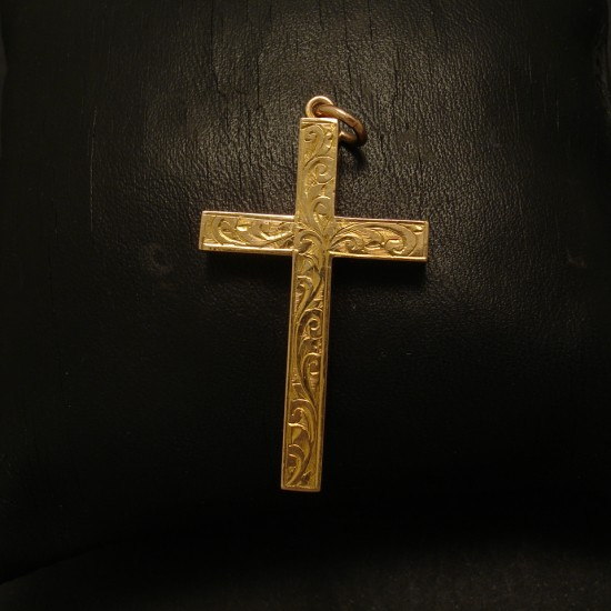 engraved-antique-9ctgold-hollow-cross-02716.jpg