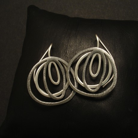 fluid-irregular-form-2tone-silver-earrings-02770.jpg