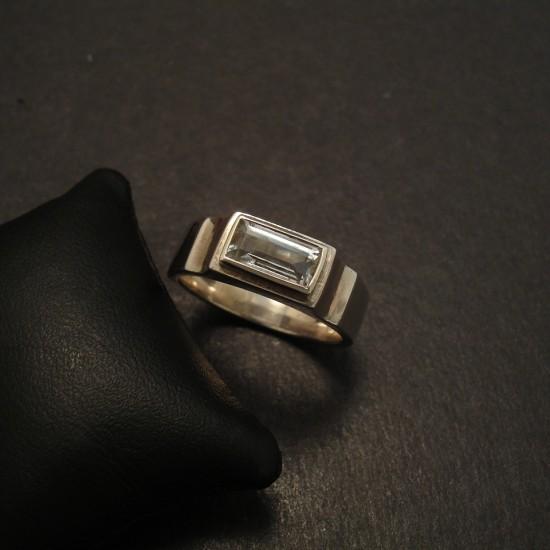 pale-aquamarine-baguette-hmade-silver-ring-09736.jpg