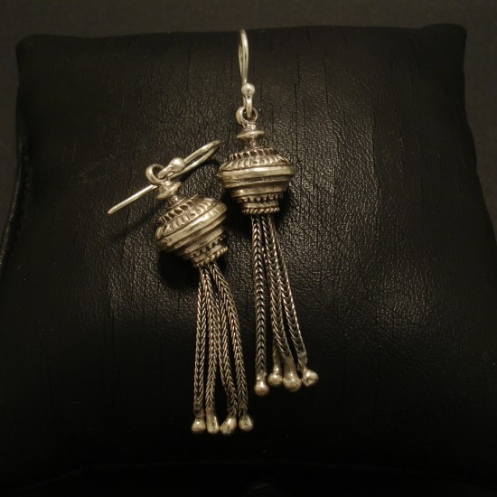 tassel-earrings-sterling-silver-02663.jpg