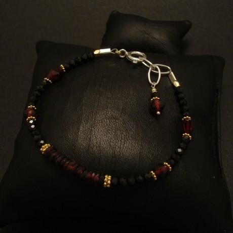 garnet-bracelet-gold-plated-silver-02805.jpg