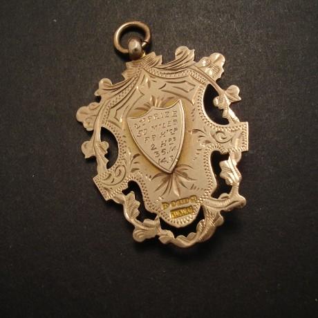 gold-fob-chester-hallmark-1911-05055.jpg