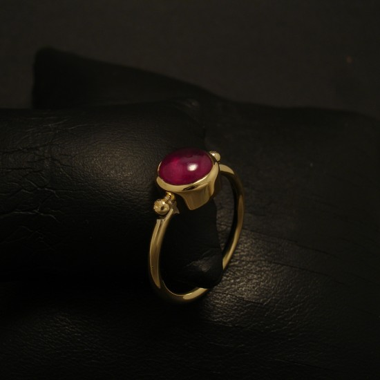 208ct-ruby-cab-hmade-18ctgold-ring-02599.jpg