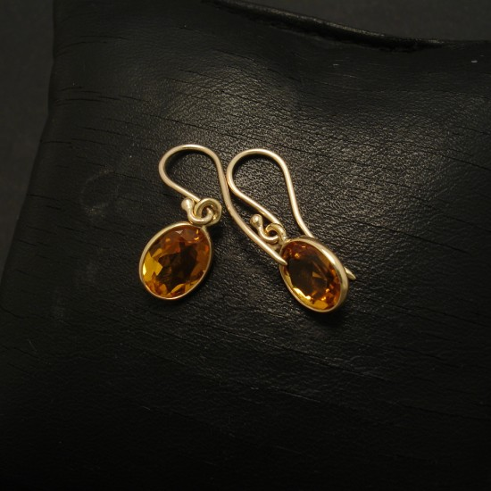9x7mm-oval-citrine-quartz-9ctgold-earrings-03025.jpg