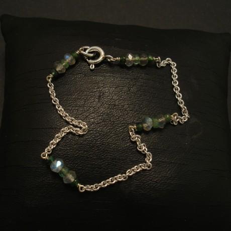 bracelet-9ctwhite-gold-chain-gemstones-02999.jpg