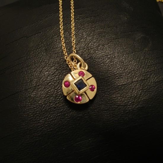 compact-little-9ctgold-pendant-precious-gstones-02556.jpg
