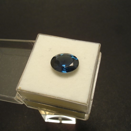 325ct-australian-blue-sapphire-oval-02931.jpg