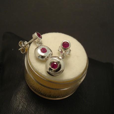 38ct-bright-rubies-9ctwhite-gold-earstud-pendants-02879.jpg