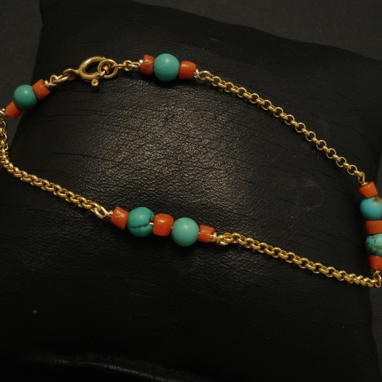 5mm-arizona-turquoise-corals-9ctgold-chain-bracelet-02993.jpg