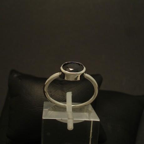 96ct-australian-sapphire-9ctwhite-gold-ring-02866.jpg