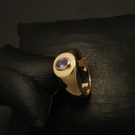 alexandrite-chrysoberyl-colour-change-9ctgold-hmade-ring-02849.jpg