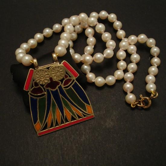 enamelled-gold-lotus-pendant-akoya-pearls-02912.jpg