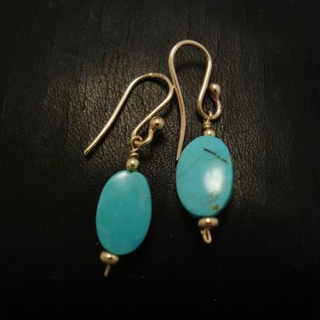 handcut-kingman-turquoise-9ctgold-earrings-04480.jpg