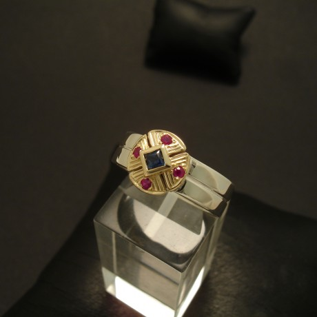 square-australian-sapphire-rubies-gold-silver-ring-02867.jpg