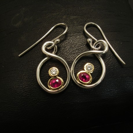 superior-clean-red-rubies-diamonds-18ctgold-earrings-02892.jpg