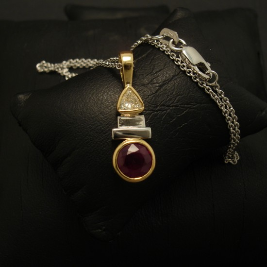 1.04ct-natural-ruby-18ctgold-hmade-pendant-02895.jpg