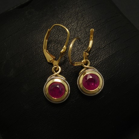 1.59ct-rubies-18ctgold-2tone-earrings-03098.jpg