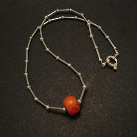 2.8grams-orange-red-coral-pearl-stainless-steel-necklace-02910.jpg