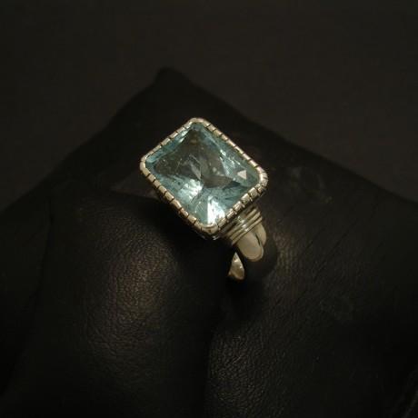 8ct-natural-aquamarine-baguette-silver-ring-03113