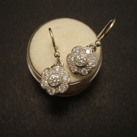 antique-daisy-style-earrings-plat-gold-diamonds-02582.jpg
