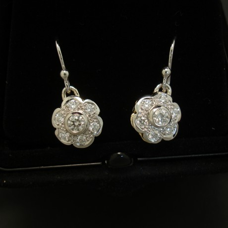 antique-style-daisy-erings-diamond-plat-18ct-03709.jpg