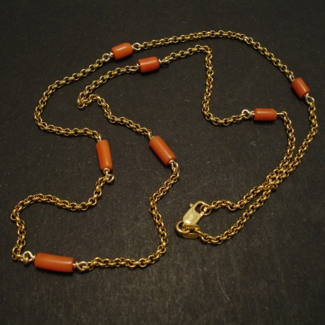 matched-orange-red-old-corals-9ctgold-chain-necklace-03012.jpg