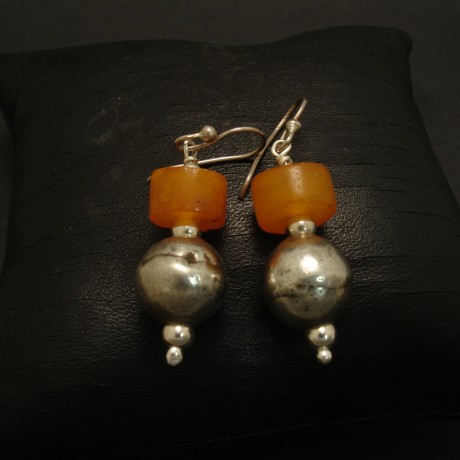 turkomen-silver-tibetan-amber-silver-earrings-03076.jpg