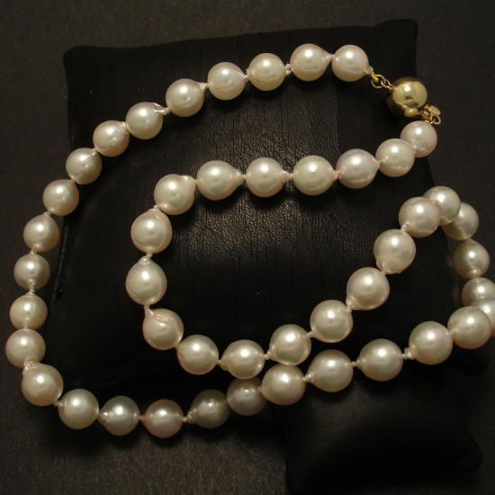 white-akoya-baroque-pearls-8mm-9ctgold-ball-clasp-03255.jpg