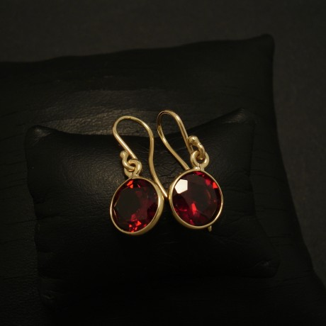 8mm-almandine-garnets-simple-9ctgold-earrings-03231.jpg