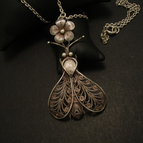 antique-filigree-silver-bee-pendant-kezhi-chain-03194.jpg