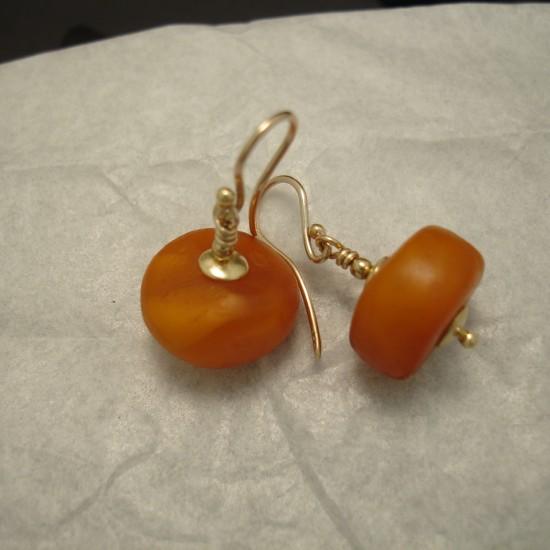 matched-old-tibetan-amber-gold-earrings-04247.jpg