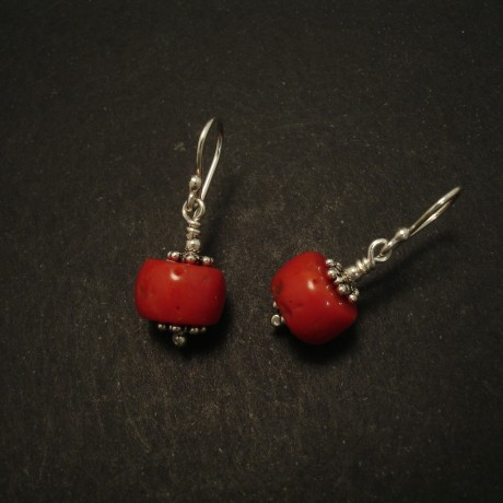 old-red-native-cut-gem-corals-silver-earrings-03146.jpg