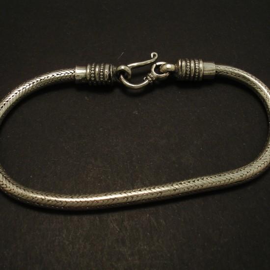 silver-snake-chain-bracelet-925-03204.jpg