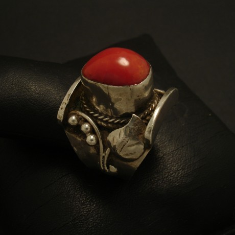 coral-saddle-ring-handmade-silver-03105.jpg
