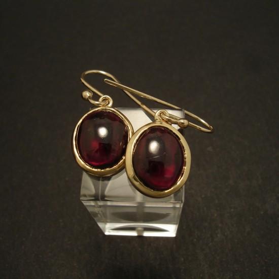 12x10mm-cab-garnet-9ctgold-earrings-02884.jpg