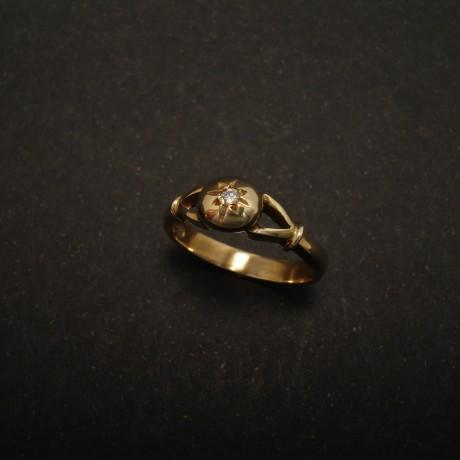 2pt-white-diamond-9ctball-gold-ring-01520.jpg