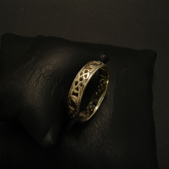 celtic-weave-design-ring-9ctwhite-gold-03268.jpg