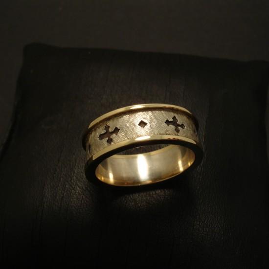 gothic-cross-ring-silver-gold-ridges-03273.jpg