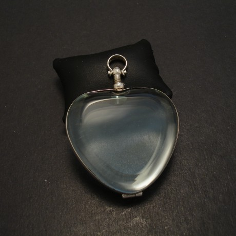 large-heart=glass-silver-locket-pendant-08488.jpg