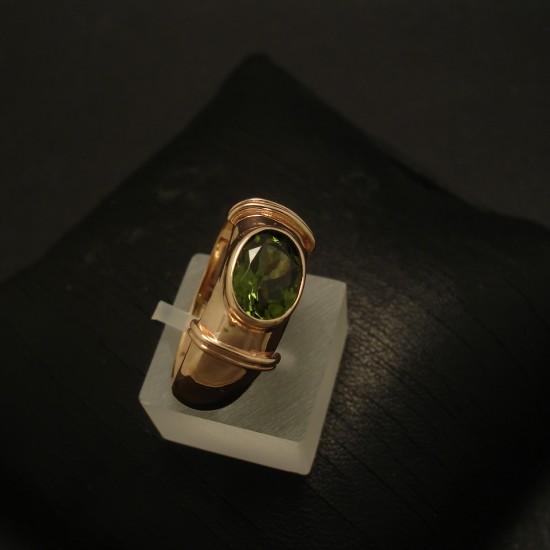 1point2ct-green-tourmaline-9ctrose-gold-ring-03366.jpg