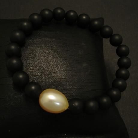 baroque-south-sea-golden-pearl-black-agate-bracelet-03433.jpg
