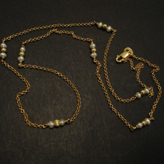 refined-simplicity-pearl-9ctgold-chain-necklace-03435.jpg